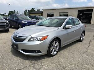 2013 Acura ILX Tech Pkg/LEATHER/SUNROOF/BACKUP CAM/HEATED SEATS