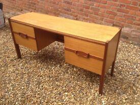 Office Desk / Bedroom Dresser / Sideboard - Retro Vintage Danish