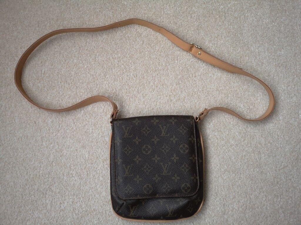 15c9fe754eea New Louis Vuitton Messenger Bag for men women