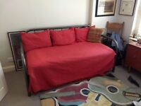 Complete Day Bed with Trundle with mattress and linens