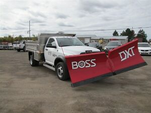 2017 BOSS 10ft DXT V-BLADE PLOW Peterborough Peterborough Area image 3