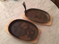 2 x Cast Iron Fajita Sizzling Serving Pan with Wooden Stand
