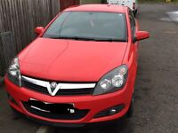 Red 3dr Vauxhall astra 1.6 sxi