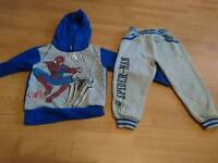 Spiderman joggers and jumper size 3-4