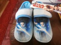 star wars slippers size 10 brand new