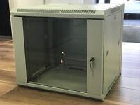 9u DataCel 390mm Deep Data Cabinet/Data Rack