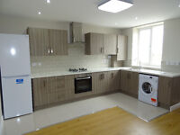 3 bed modern fully furnished flat to rent ! must See