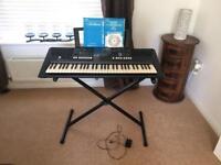 Yamaha PSR E423 Digital Keyboard