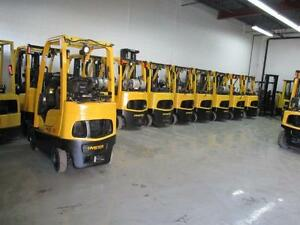 2007HYSTER FORKLIFT 5000LB CAP. 3 STAGE MAST OUT DOOR&INDOOR FORK LIFT,LOWEST PRICE GUARANTEE ON ANY TOW MOTOR!!!!!!