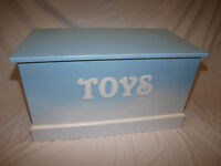 Lovely Handmade Wooden Toy Box Toybox Brand New