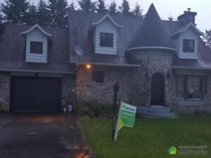 290 000$ - Maison 2 étages à vendre à St-Sauveur