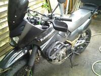 Kawasaki kle 500 b6f light weight adventure bike.