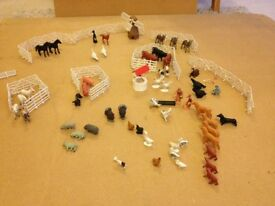 Farm Animals, Fences and other items toy
