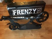 Frenzy FR230 Recreational Scooter - Black