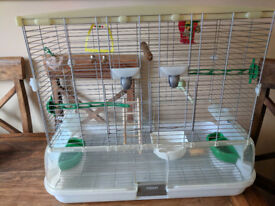 Large Bird Cage - Vision 2 Bird Cage - 74.9 x 54.6 x 38.1cm with snap fit accessories,good Condition