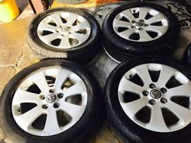 "17"" GENUINE VAUXHALL INSIGNIA ALLOY WHEELS SET OF 4 sh"