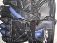 Ladies Buffalo motorcycle gloves