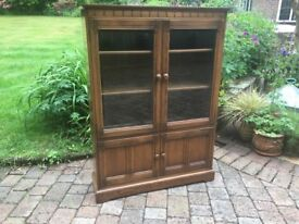 Ercol Golden Dawn Mural Glass Display Cabinet in Excellent Condition