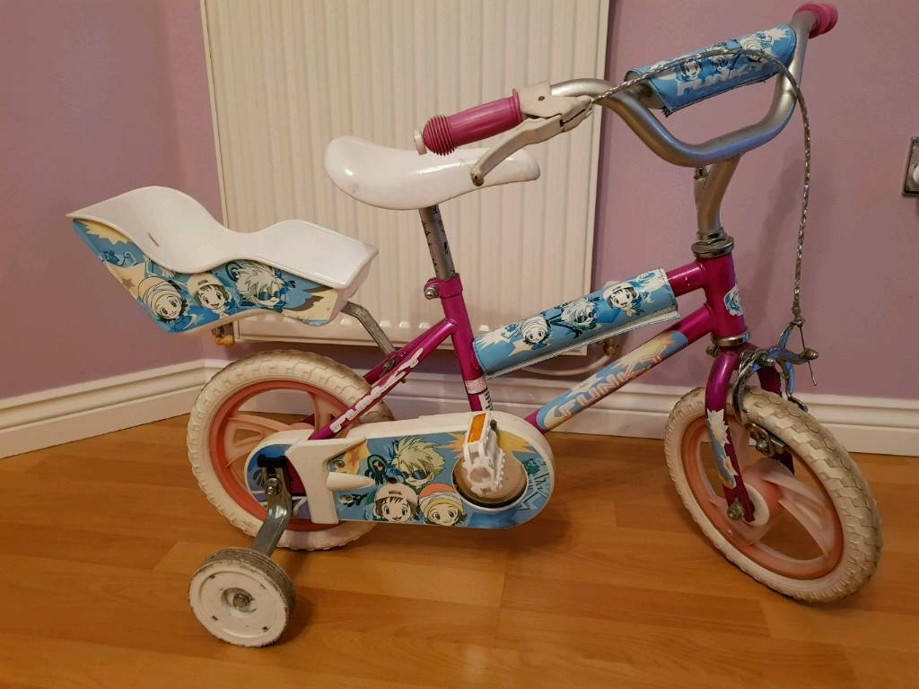 Bike with stabilizers for aged between 2-4