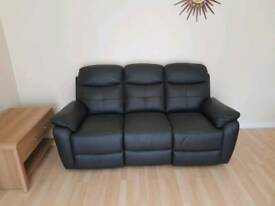 Leather 3 seater recliner settee