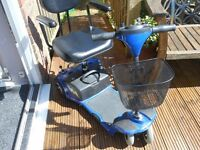 MOBILITY BOOT SCOOTER 4 WHEEL SMALLER CAN CARRY 113 KILOS , 17.11 STONE