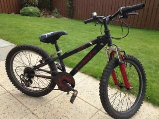 Kids Black Mountain Bike 10'' Frame, 6 Gears, Halfords Apollo Hood 20'' wheels