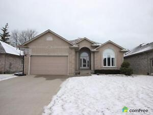 $459,900 - Bungalow for sale in Brights Grove