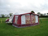 DOREMA AWING 8M x 8.25M FOR 5 METER CARAVAN ONLY USED ONCE LIKE NEW. STILL IN ORIGINAL BAG