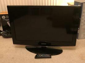 """32"""" Samsung TV - perfect working order"""