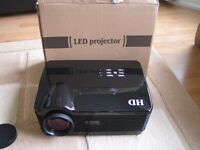 HD LED Android projector HDMI,VGA,SD card,SV,and composite.(reduced by £20 NOW from £99)