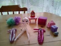 SPOOKY HALLOWEEN DOLL SET,AS NEW CONDITION