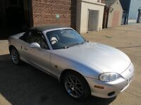 MAZDA MX 5 1.8, 2004 EUPHONIC SILVER , LEATHER , HEATED SEATS, FULL MOT AND SERVICE HISTORY
