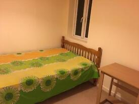 Room available now in Headington
