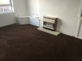 3 bedroom upper flat, £520 a month