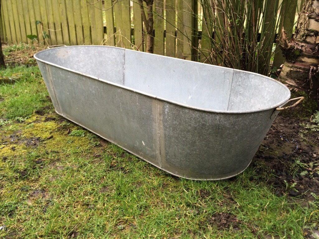 LARGE TIN BATH ALSO IDEAL AS A GARDEN PLANTER TROUGH OR DOG BATH ...