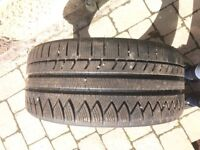 Nearly New Winter tyres 255/35 R19