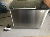 Breadmaker for sale only £30 - still selling on amazon for £200