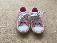 Size 7 sparkly canvas shoes-great condition!