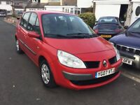 Renault scenic 1.5 dci turbo diesel 2007 new shape 5 door mpv people carrier mot April one owner