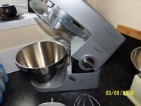 KENWOOD CHEF KM330 / KM350 WITH INSTRUCTIONS BOOK AND EXTRAS