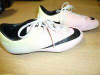 Childs Nike Mercurial Football Boots (Size UK 5.5).