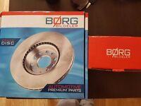 NEW!!!!!! Front Brake Pads + Brake Discs - set Ford Focus Mk1