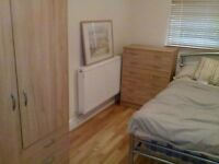 Large double bedroom available includes all bills & free internet