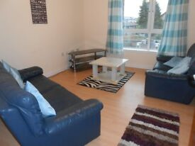 Lovely 2 Bed Flat in Dyce - Close to Train Station