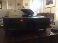 Professional HD Panasonic Projector with two lenses (SHORT THROW) - Great quality