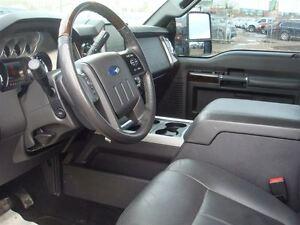 2015 Ford F-250 Platinum - Lifted Diesel - Everyone Approved Edmonton Edmonton Area image 13