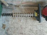 Hedge trimmer with 2 stroke engine double edge cutting blades vgc gwo