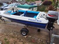 Dateline Pago Classic 14ft Speedboat with Recently new 50HP 2 Stroke Mariner Outboard only 218 Hours
