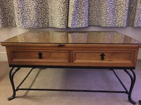 Coffee table - Glass top with 4 drawers