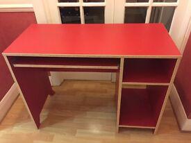 Childs desk. Excellent condition.
